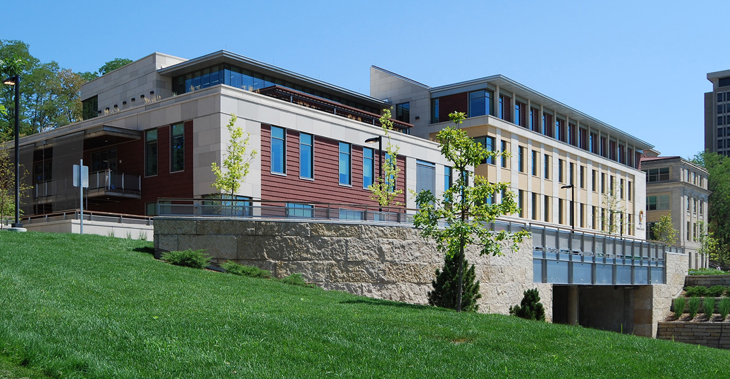 University of Wisconsin - Human Ecology Building Terreal North America